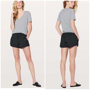 Lululemon sun setting casual black shorts 2
